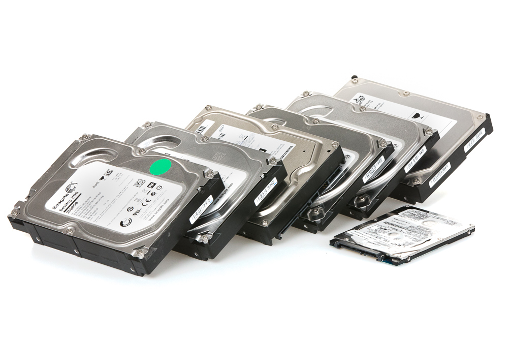 Las 3 maneras básicas de hacer copias de seguridad de tus fotos: backup disks.