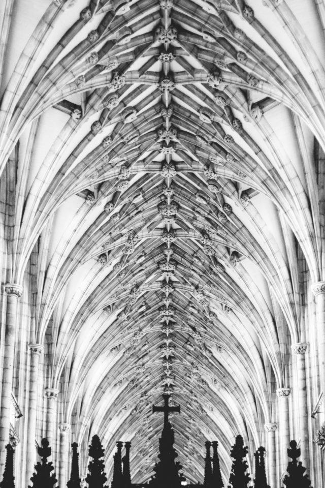 Cómo fotografiar monumentos: La imagen de la iglesia no es sólo la apariencia externa.